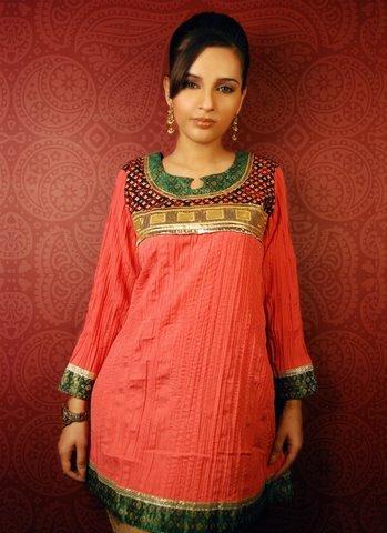 Ladies Fashion Wear – Red kurti
