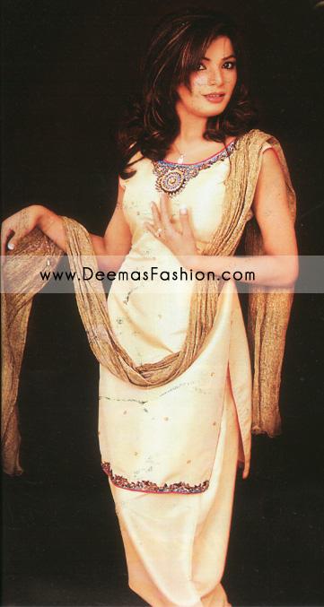 Latest Pakistani Fashion – Off-white Shalwar Kameez