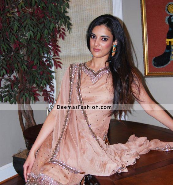 Pakistani Latest Shalwar Kameez Design – Pink Formal Wear Dress