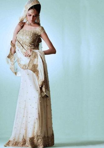 Traditional Pakistani Fashion – White Lehnga